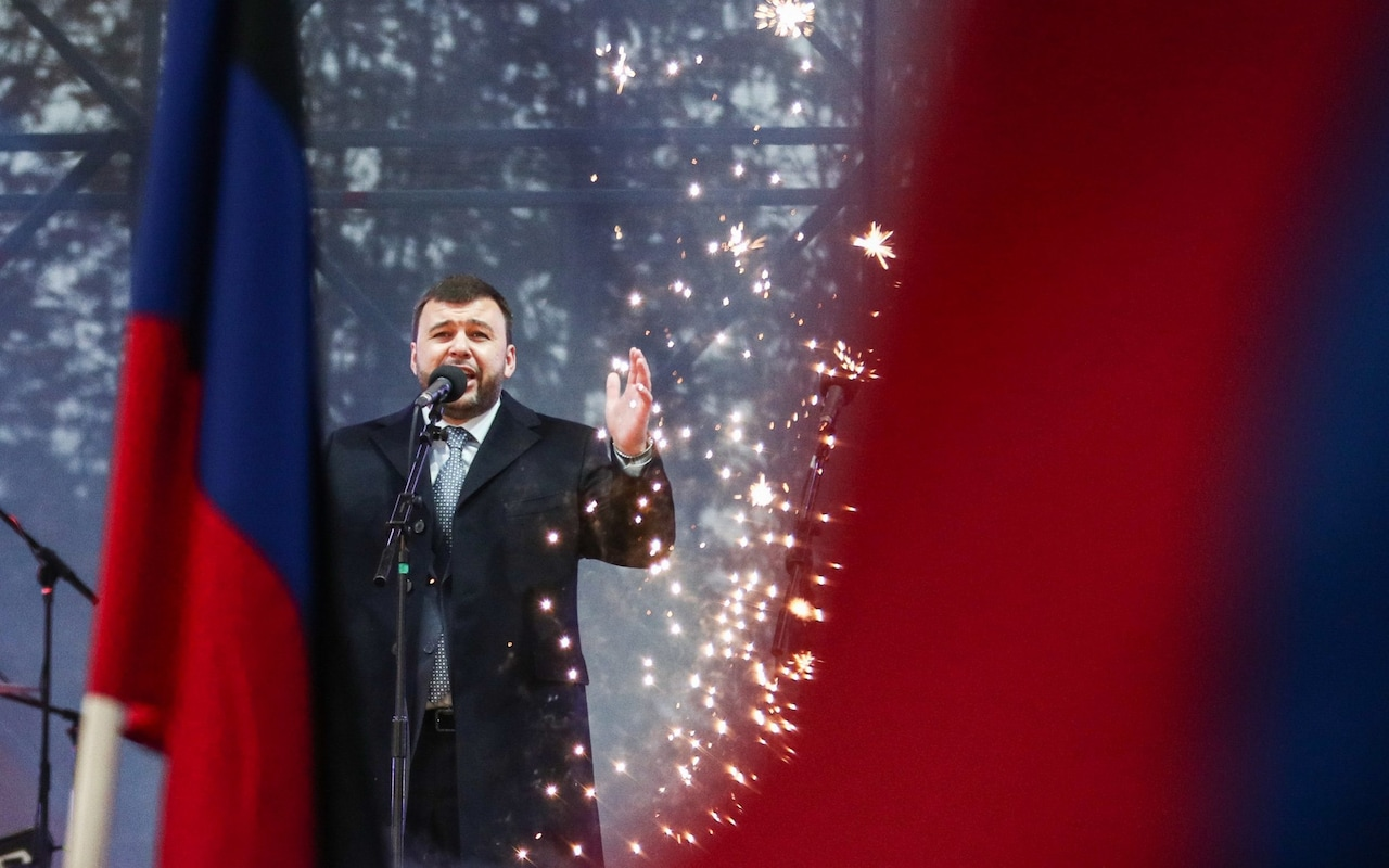 https://www.telegraph.co.uk/news/2018/11/12/kremlin-backed-candidate-elected-leader-breakaway-donetsk-republic/